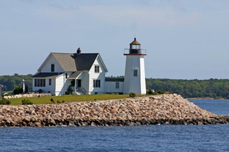 Wings Neck Light House